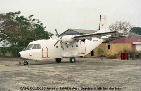 img915 CASA C-212-100 Aviocar TN-AFA Aero Service © Michel Anciaux