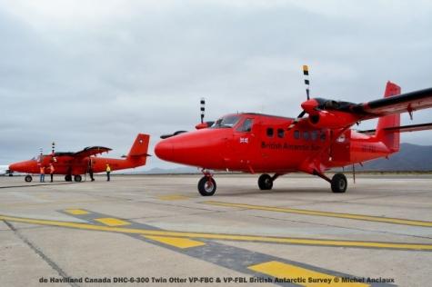 DSC_0040 de Havilland Canada DHC-6-300 Twin Otter VP-FBC & VP-FBL British Antarctic Survey © Michel Anciaux