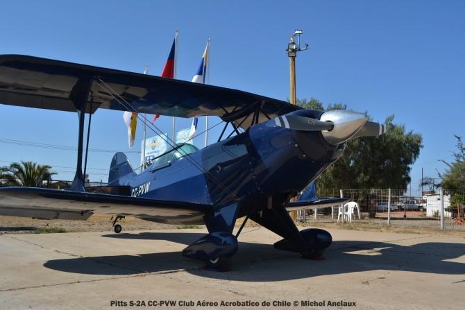 DSC_1156 Pitts S-2A CC-PVW Club Aéreo Acrobatico de Chile © Michel Anciaux