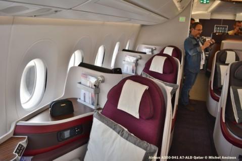 090 Cabin of Airbus A350-941 A7-ALD Qatar © Michel Anciaux