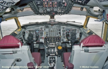 24 Boeing KC-135E Stratotanker ''71458'' USAF © Michel Anciaux