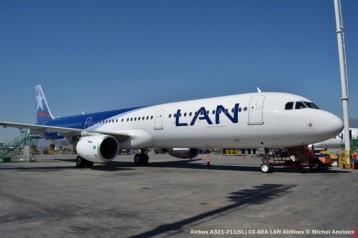 90 Airbus A321-211(SL) CC-BEA LAN Airlines © Michel Anciaux