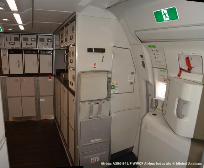 DSC_0043 Airbus A350-941 F-WWCF Airbus Industrie © Michel Anciaux