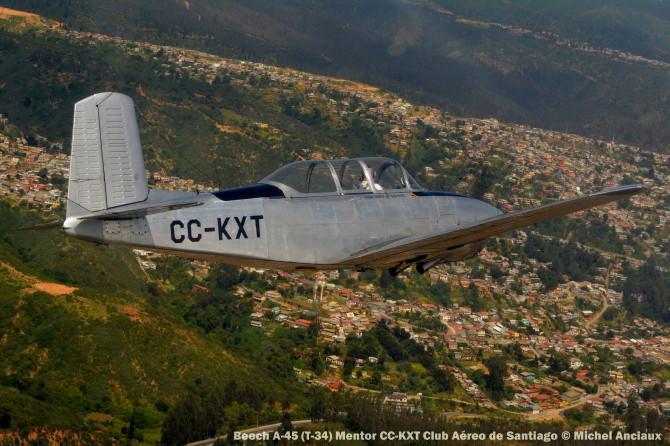 DSC_0225 Beech A-45 (T-34) Mentor CC-KXT Club Aéreo de Santiago © Michel Anciaux