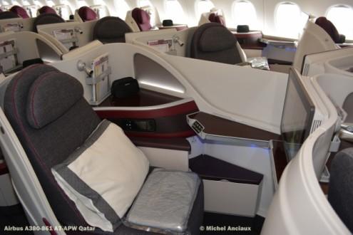 DSC_0336 Cabin of Airbus A380-861 A7-APW Qatar © Michel Anciaux