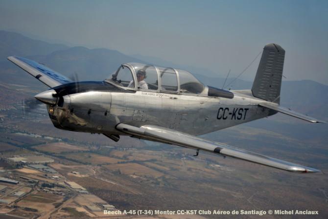 DSC_1091 Beech A-45 (T-34) Mentor CC-KST Club Aéreo de Santiago © Michel Anciaux