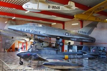 DSC_6178 North American TF-100 F Super Sabre 56-3944 USAF & De Havilland DH-112 Venom FB.54 J-1797 Swiss Air Force © Hubert Creutzer