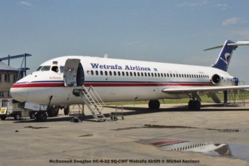 img2005 McDonnell Douglas DC-9-32 9Q-CWF Wetrafa Airlift © Michel Anciaux