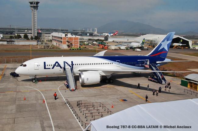 022 Boeing 787-8 CC-BBA LATAM © Michel Anciaux