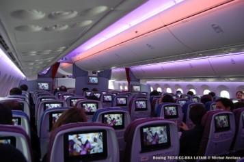 038 Boeing 787-8 CC-BBA LATAM © Michel Anciaux