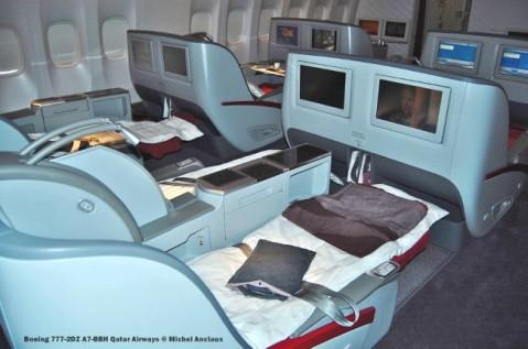 180 Boeing 777-2DZ A7-BBH Qatar Airways © Michel Anciaux