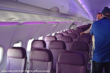 DSC_0172 Airbus A321-253N TF-SKY WOW Air © Michel Anciaux