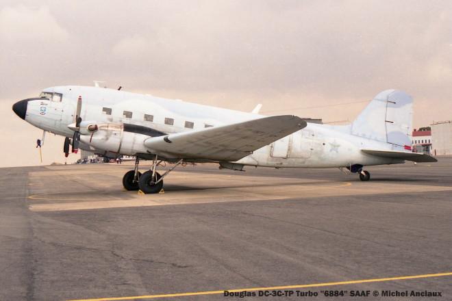img1820 Douglas DC-3C-TP Turbo ''6884'' SAAF © Michel Anciaux