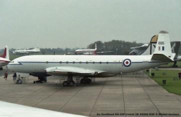 img370 De Havilland DH-106 Comet 2R XK695 RAF © Michel Anciaux