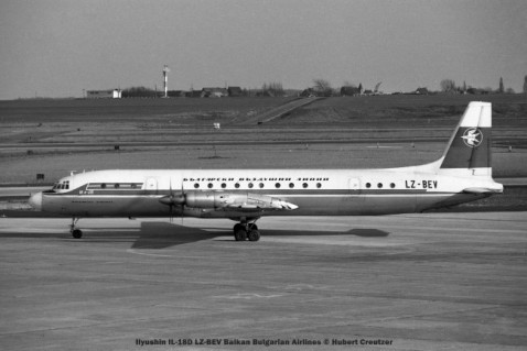 39 ilyushin il-18d lz-bev balkan bulgarian airlines © hubert creutzer