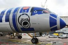 dsc_6943 boeing 787-9 dreamliner ja873a all nippon airways (star wars r2-d2 livery) © hubert creutzer