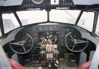img1750 lockheed 18-08 lodestar zs-asn south african airways museum © michel anciaux composición