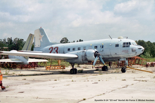 img706 ilyushin il-14 ''23 red'' soviet air force © michel anciaux