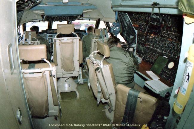 825 Lockheed C-5A Galaxy ''66-9307'' USAF © Michel Anciaux