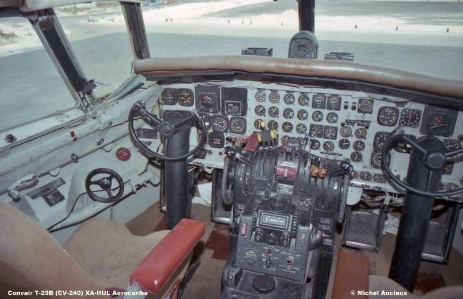 617 Convait T-29B (CV-240) XA-HUL Aerocaribe © Michel Anciaux