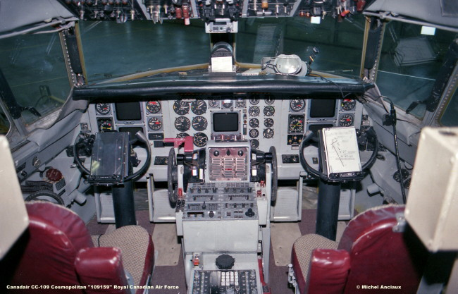646 Canadair CC-109 Cosmopolitan ''109159'' Royal Canadian Air Force © Michel Anciaux