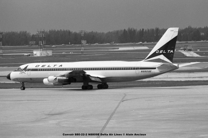 673 Convair 880-22-2 N8809E Delta Air Lines © Alain Anciaux