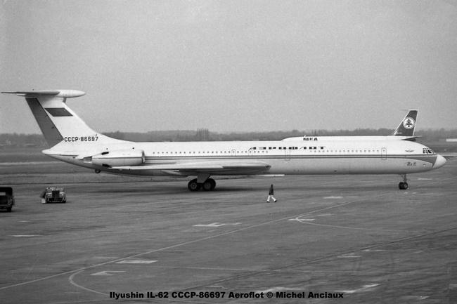 img346 Ilyushin IL-62 CCCP-86697 Aeroflot © Michel Anciaux