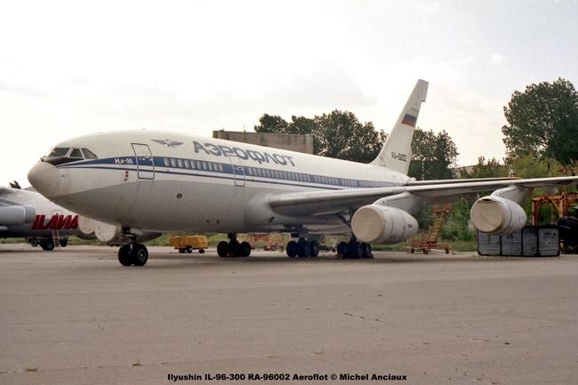 img719 Ilyushin IL-96-300 RA-96002 Aeroflot © Michel Anciaux