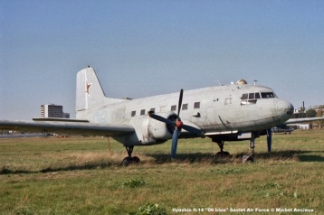 img866 Ilyushin Il-14 ''06 blue'' Soviet Air Force © Michel Anciaux