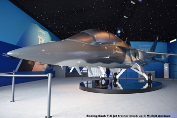 DSC_0212 Boeing-Saab T-X jet trainer mock up © Micvhel Anciaux