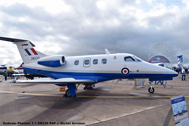 DSC_0549 Embraer Phenom T.1 ZM335 RAF © Michel Anciaux