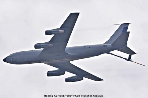 017 Boeing KC-135E ''982'' FACh © Michel Anciaux