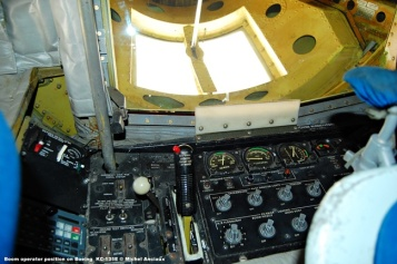 414 Boom operator position on Boeing KC-135E © Michel Anciaux