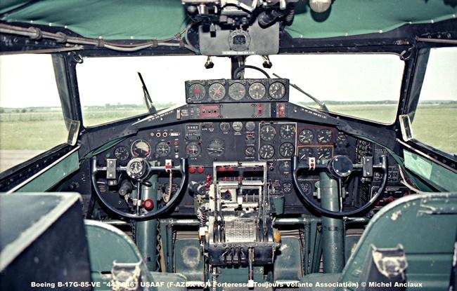 img436 Boeing B-17G-85-VE ''44-8846'' USAAF (F-AZDX IGN Forteresse Toujours Volante Association)