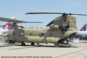 10 Boeing-Vertol CH-45F Chinook ''07-08748'' US Army © Michel Anciaux