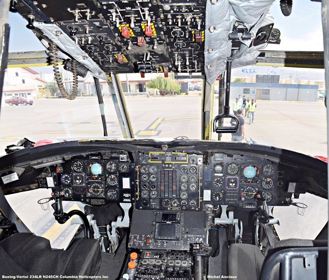 DSC_0049 Boeing-Vertol 234LR N245CH Columbia Helicopters Inc © Michel Anciaux