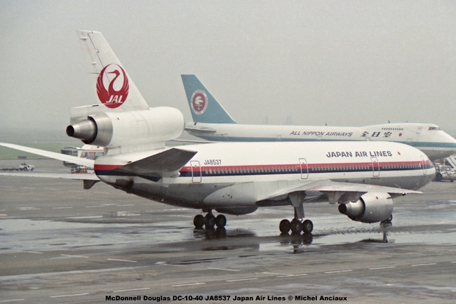 041 McDonnell Douglas DC-10-40 JA8537 Japan Air Lines © Michel Anciaux