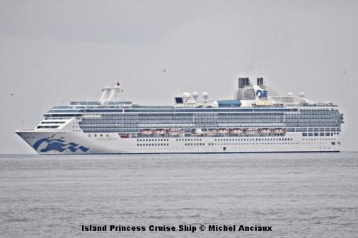 DSC_0032 Island Princess Cruise Ship © Michel Anciaux