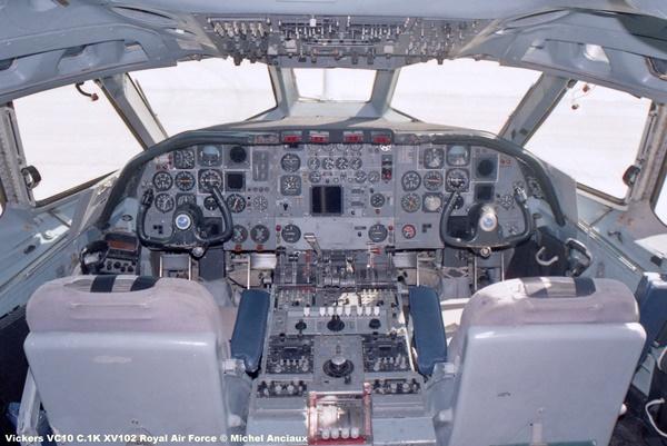img820 Vickers VC10 C.1K XV102 Royal Air Force © Michel Anciaux