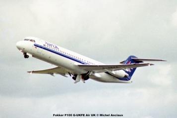 21 Fokker F100 G-UKFE Air UK © Michel Anciaux