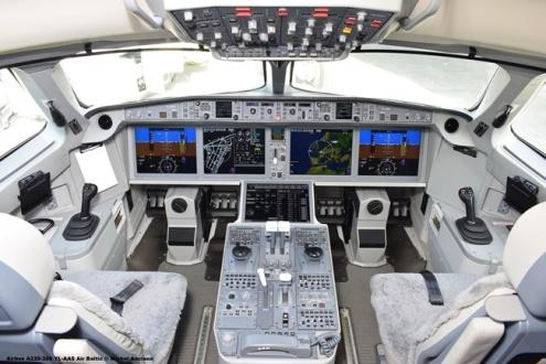59 Airbus A220-300 YL-AAS Air Baltic © Michel Anciaux