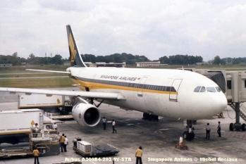 1123 Airbus A300B4-203 9V-STA Singapore Airlines © Michel Anciaux
