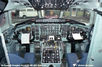 166 McDonnell Douglas DC-9-32 HB-IDO Swissair © Michel Anciaux