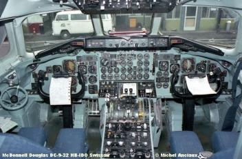 167 McDonnell Douglas DC-9-32 HB-IDO Swissair © Michel Anciaux